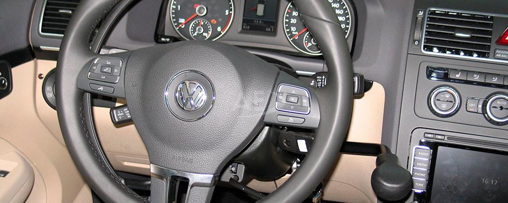 Mandos de conducción de Autos Elizasu