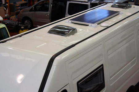 Claraboya de furgoneta para camper de Autos Elizasu SL