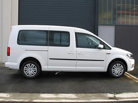 Eurotaxi Rebaje de piso en Volkswagen Caddy Maxi vista lateral